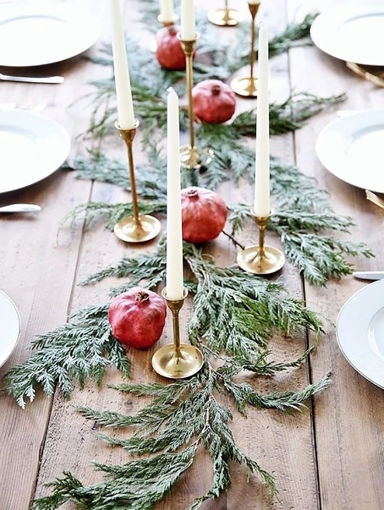 Simple holiday decor musings on momentum for Minimalist christmas decor